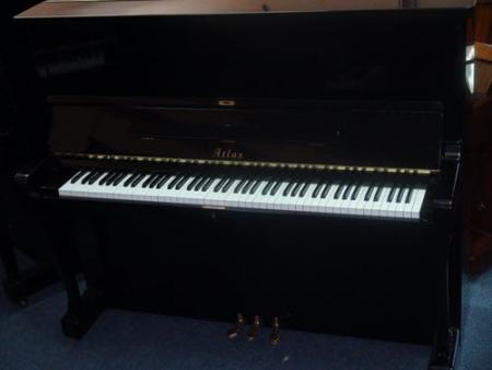 פסנתר עומד יד שניה יפני Atlas