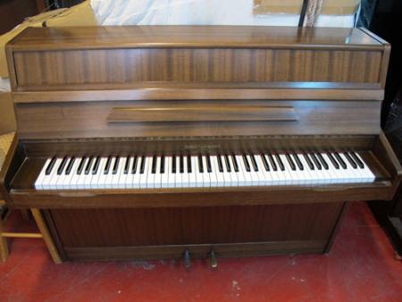 פסנתר עומד יד שניה אנגלי Barrat and Robinson
