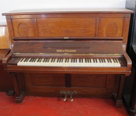 פסנתר עומד יד שניה גרמני Gors&Kallmann