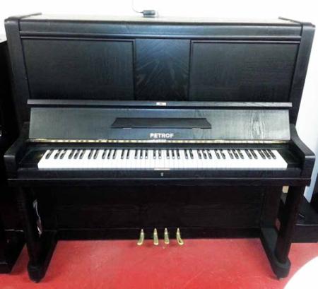 פסנתר עומד יד שניה פטרוף- אירופאי Petrof צ'כי