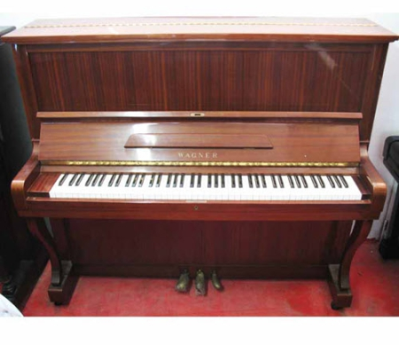 פסנתר עומד יד שניה יפני Wagner