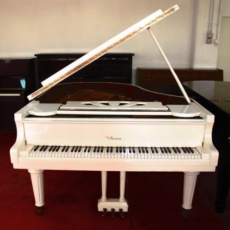 פסנתר כנף יד שניה בן 3 שנים Otto Meister XG 168 W