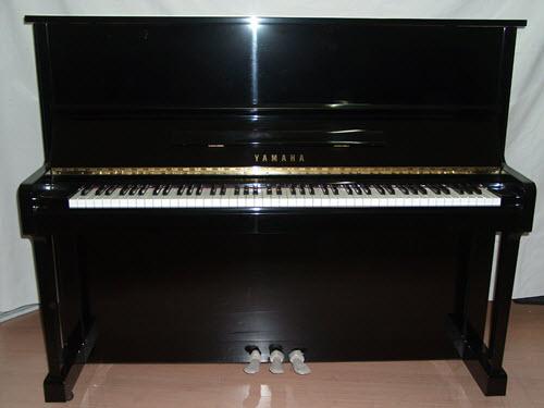 פסנתר עומד יד שניה Yamaha U1 #7